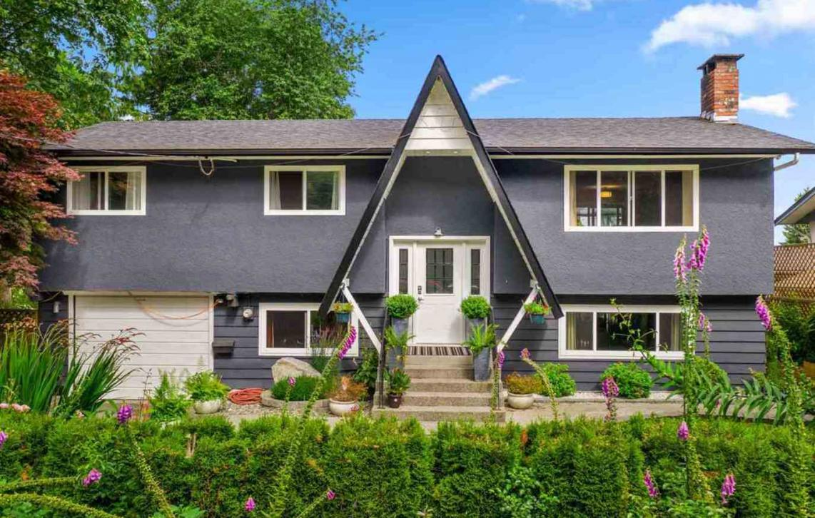 4080 Oxford Street, Oxford Heights, Port Coquitlam